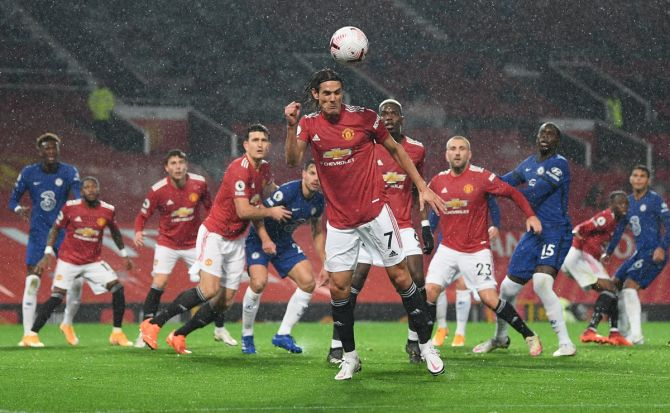 Manchester United's Edinson Cavani in action during the Premier League match against Chelsea
