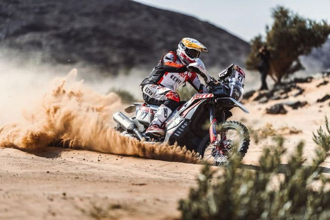 Hero MotoSports Team's Joaquim Rodrigues kicks up a storm at the Dakar Rally 2021.