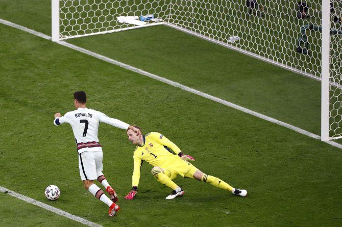 Cristiano Ronaldo scores the 2nd goal against Hungary