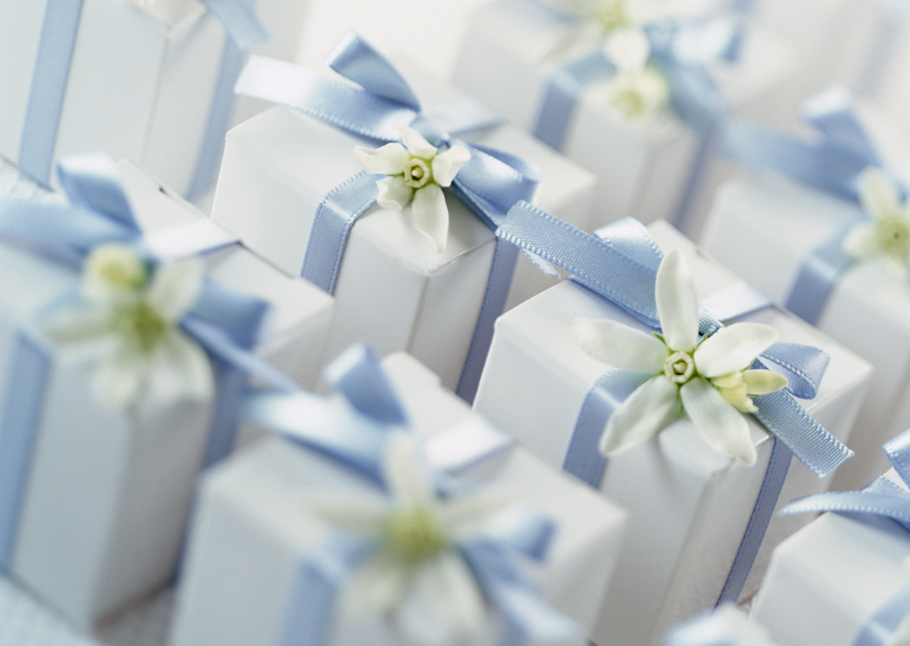 Wedding Gift For Friend Male: 5 Gifts The Wedding Couple Will Absolutely Love